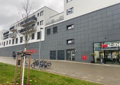Einkaufzentrum + Wohnungen Düsseldorf